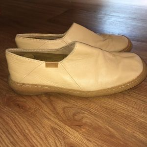 Butter soft CAMPER leather slip on loafers